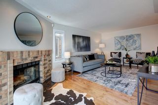 Photo 6: 212 Coachway Lane SW in Calgary: Coach Hill Row/Townhouse for sale : MLS®# A1153091