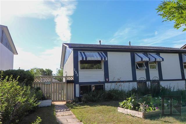Main Photo: 153 Summerfield Way in Winnipeg: North Kildonan Residential for sale (3G)  : MLS®# 1915684