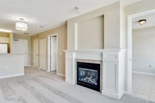 """Photo 4: 805 2799 YEW Street in Vancouver: Kitsilano Condo for sale in """"TAPESTRY AT ARBUTUS WALK"""" (Vancouver West)  : MLS®# R2481929"""