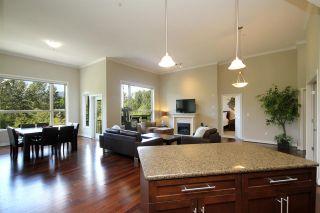 "Photo 3: 405 2628 MAPLE Street in Port Coquitlam: Central Pt Coquitlam Condo for sale in ""Villagio 2"" : MLS®# R2125932"
