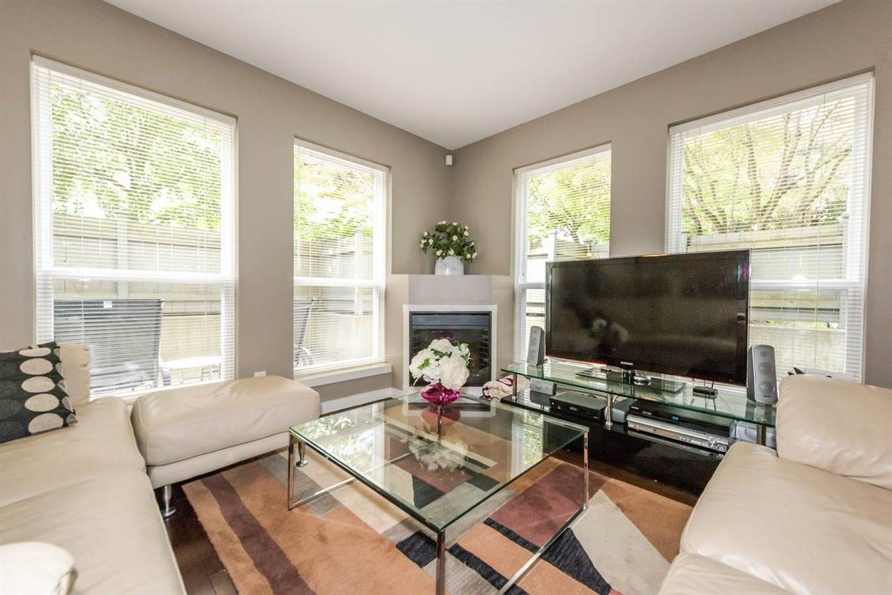 """Main Photo: 103 4155 CENTRAL Boulevard in Burnaby: Metrotown Townhouse for sale in """"PATTERSON PARK"""" (Burnaby South)  : MLS®# R2274386"""