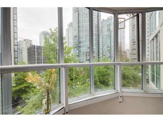 "Photo 14: 202 717 JERVIS Street in Vancouver: West End VW Condo for sale in ""EMERALD WEST"" (Vancouver West)  : MLS®# R2541468"