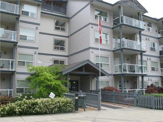 "Photo 2: 211 1203 PEMBERTON Avenue in Squamish: Downtown SQ Condo for sale in ""EAGLEGROVE"" : MLS®# V1064733"