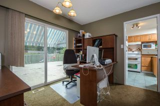 "Photo 5: 6504 LYON Road in Delta: Sunshine Hills Woods House for sale in ""SUNSHINE HILLS"" (N. Delta)  : MLS®# R2078221"