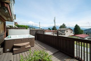 Photo 14: 98 ELLESMERE AVENUE in Burnaby: Capitol Hill BN House for sale (Burnaby North)  : MLS®# R2389364