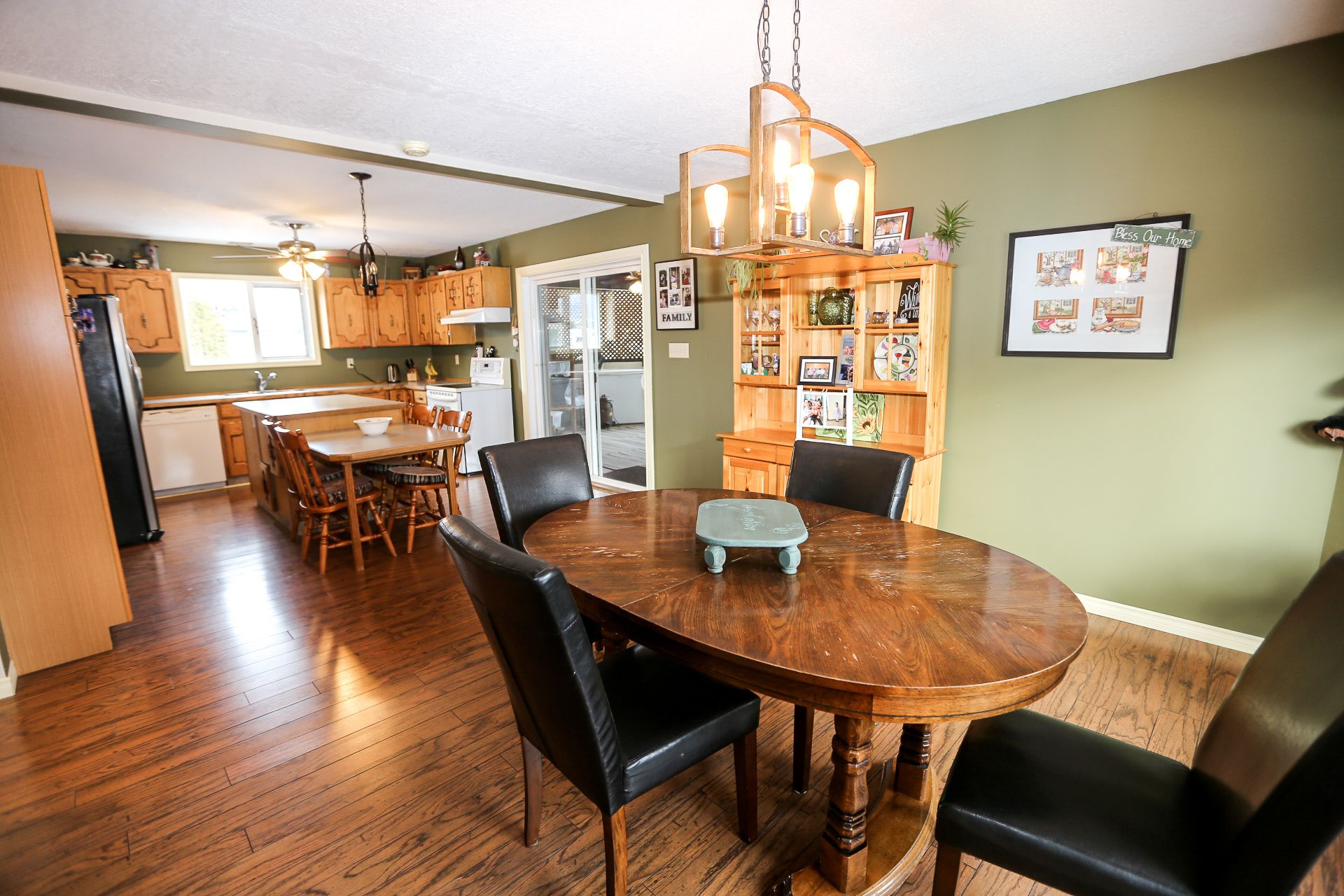 Photo 6: Photos: 434 ROBIN DRIVE: BARRIERE House for sale (NORTH EAST)  : MLS®# 160553