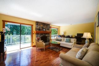 Photo 3: 4702 WILLOW Place in West Vancouver: Caulfeild House for sale : MLS®# R2617420