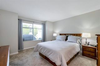 """Photo 20: 109 19649 53 Avenue in Langley: Langley City Townhouse for sale in """"Huntsfield Green"""" : MLS®# R2591188"""