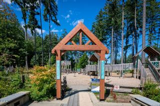 Photo 35: 5827 Brookwood Dr in : Na Uplands House for sale (Nanaimo)  : MLS®# 852400