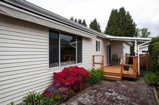 """Photo 17: 63 1400 164 Street in Surrey: King George Corridor House for sale in """"Gateway Gardens"""" (South Surrey White Rock)  : MLS®# R2160877"""