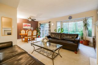 "Photo 13: 35 8863 216 Street in Langley: Walnut Grove Townhouse for sale in ""Emerald Estates"" : MLS®# R2525536"