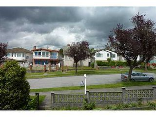 Photo 14: 2928 6TH Ave E in Vancouver East: Renfrew VE Home for sale ()  : MLS®# V998658