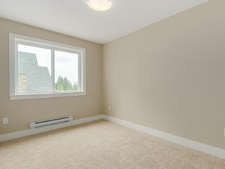 """Photo 4: 401 1405 DAYTON Avenue in Coquitlam: Burke Mountain Townhouse for sale in """"ERICA"""" : MLS®# R2084326"""