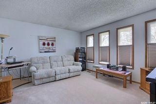 Photo 4: 165 Rink Avenue in Regina: Walsh Acres Residential for sale : MLS®# SK852632