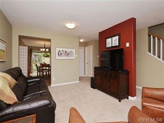 Photo 4: 72 14 Erskine Lane in VICTORIA: VR Hospital Row/Townhouse for sale (View Royal)  : MLS®# 703903