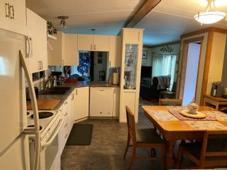 Photo 3: 2091 Stadacona Dr in : CV Comox (Town of) Manufactured Home for sale (Comox Valley)  : MLS®# 863711