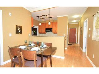 """Photo 3: 308 2655 CRANBERRY Drive in Vancouver: Kitsilano Condo for sale in """"NEW YORKER"""" (Vancouver West)  : MLS®# V1017086"""