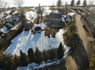 Photo 3: 14 Second Street in Alexander RM: Pinawa Bay Residential for sale (R28)  : MLS®# 202106039