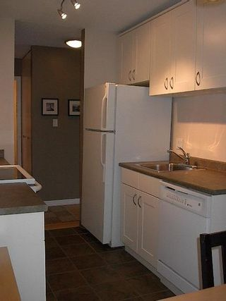 Photo 7: FABULOUS RENOVATED 2-BR IN FAIRVIEW!
