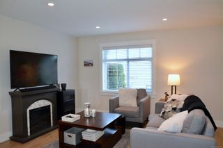 Photo 13: 101 2485 Idiens Way in : CV Courtenay East Row/Townhouse for sale (Comox Valley)  : MLS®# 866119