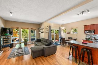 Photo 4: 3417 Pattison Way in : Co Triangle House for sale (Colwood)  : MLS®# 852302