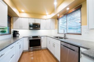 """Photo 2: 4932 54A Street in Delta: Hawthorne House for sale in """"HAWTHORNE"""" (Ladner)  : MLS®# R2562799"""