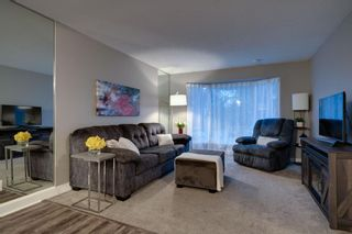 Photo 5: 164 Berwick Drive NW in Calgary: Beddington Heights Detached for sale : MLS®# A1095505