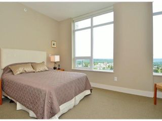 "Photo 10: 1907 15152 RUSSELL Avenue: White Rock Condo for sale in ""Miramar"" (South Surrey White Rock)  : MLS®# F1412328"