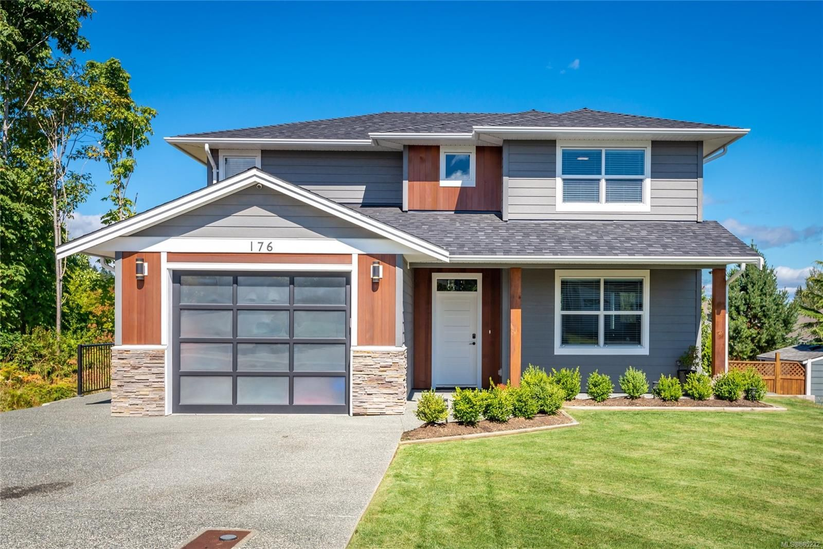 Main Photo: 176 Vermont Dr in : CR Willow Point House for sale (Campbell River)  : MLS®# 885232
