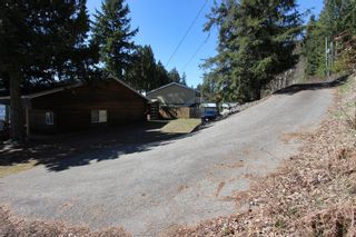 Photo 5: 7748 Squilax Anglemont Road: Anglemont House for sale (North Shuswap)  : MLS®# 10229749