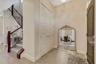 Photo 3: 1235 Rosehill Drive NW in Calgary: Rosemont Semi Detached for sale : MLS®# A1144779