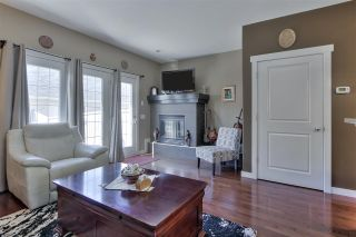 Photo 16: 1062 GAULT Boulevard in Edmonton: Zone 27 Townhouse for sale : MLS®# E4239444