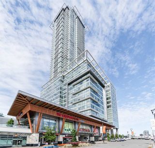 """Photo 1: 4301 4485 SKYLINE Drive in Burnaby: Brentwood Park Condo for sale in """"SOLO DISTRICT"""" (Burnaby North)  : MLS®# R2390443"""