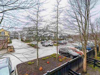 """Photo 16: 30 19572 FRASER Way in Pitt Meadows: South Meadows Townhouse for sale in """"COHO II"""" : MLS®# R2540843"""