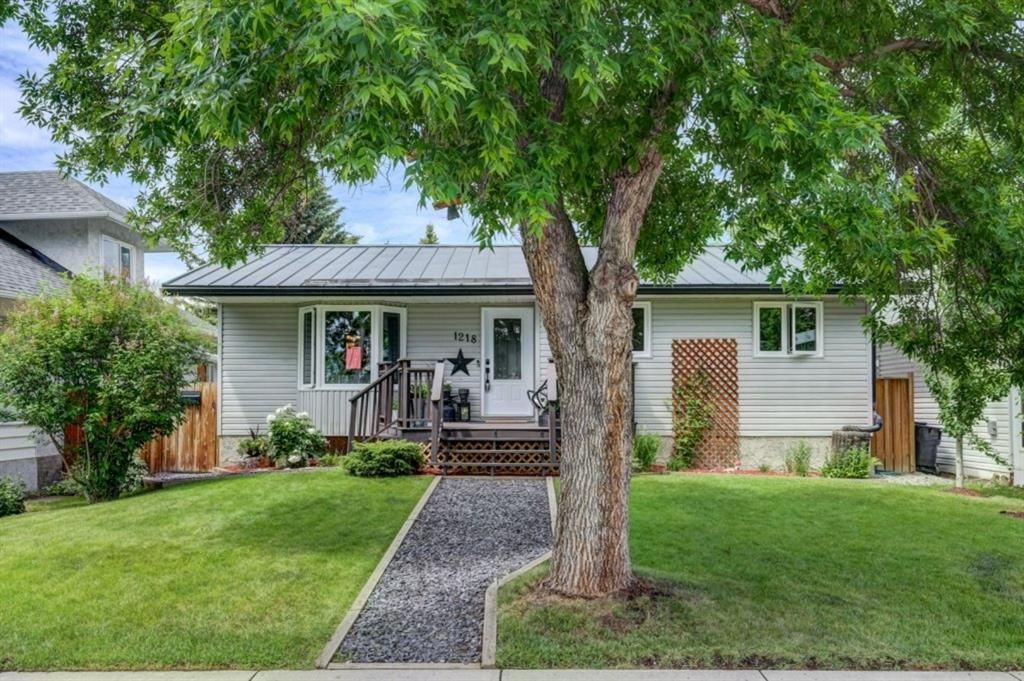Main Photo: 1218 Centre Street: Carstairs Detached for sale : MLS®# A1124217