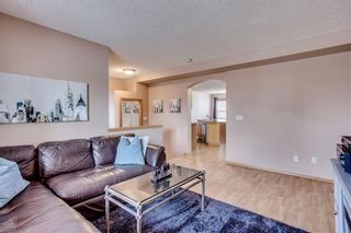 Photo 6: 67 EVERSYDE Circle SW in Calgary: Evergreen Detached for sale : MLS®# C4242781