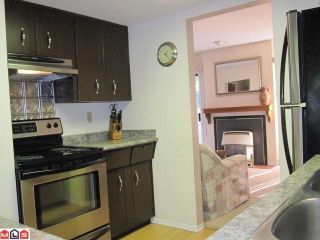 """Photo 4: 5 3015 TRETHEWEY Street in Abbotsford: Abbotsford West Townhouse for sale in """"BIRCH GROVE TERRACE"""" : MLS®# F1025529"""