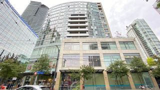 """Photo 2: 1007 822 SEYMOUR Street in Vancouver: Downtown VW Condo for sale in """"L'ARIA"""" (Vancouver West)  : MLS®# R2615782"""