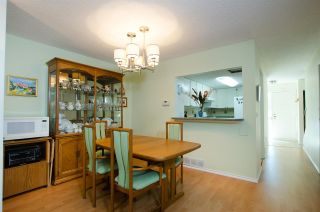"""Photo 4: 4703 DRIFTWOOD Place in Burnaby: Greentree Village Townhouse for sale in """"Greentree Village"""" (Burnaby South)  : MLS®# R2296892"""