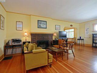 Photo 5: 2594 Beach Dr in VICTORIA: OB Estevan House for sale (Oak Bay)  : MLS®# 770514