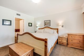 Photo 16: 204 2326 Harbour Rd in : Si Sidney North-East Condo for sale (Sidney)  : MLS®# 880200