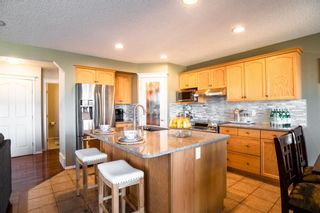 Photo 8: 408 Shannon Square SW in Calgary: Shawnessy Detached for sale : MLS®# A1088672