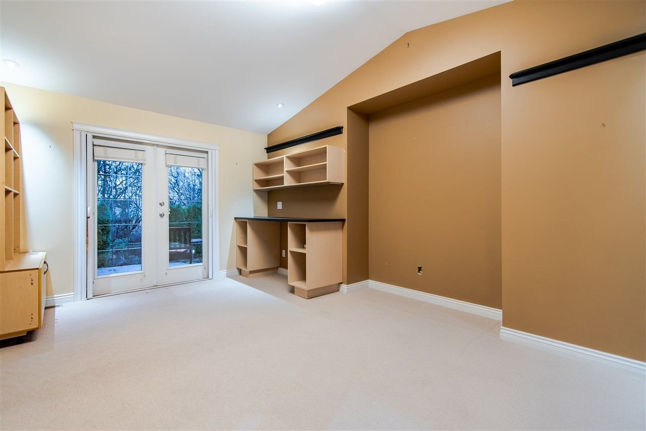 """Photo 14: Photos: 4857 214A Street in Langley: Murrayville House for sale in """"Murrayville"""" : MLS®# R2522401"""