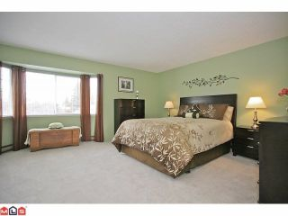 Photo 6: 18049 63RD Avenue in Surrey: Cloverdale BC House for sale (Cloverdale)  : MLS®# F1211606