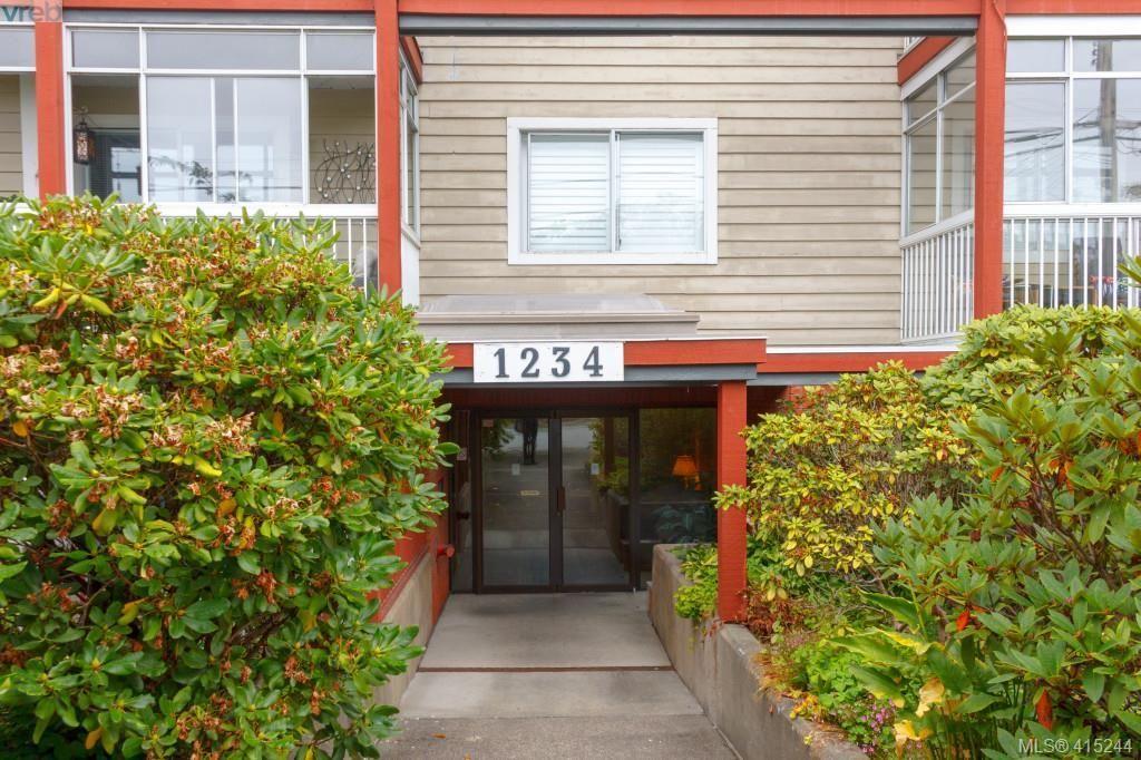 Main Photo: 201 1234 Fort St in VICTORIA: Vi Downtown Condo for sale (Victoria)  : MLS®# 823781