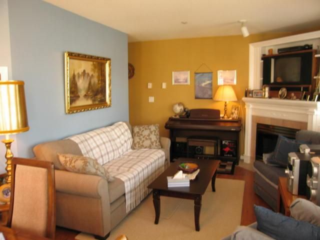 """Photo 4: Photos: # 306 1928 E 11TH AV in Vancouver: Grandview VE Condo for sale in """"Lakeview Court"""" (Vancouver East)  : MLS®# V873866"""