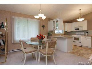 Photo 8: 97 7570 Tetayut Rd in SAANICHTON: CS Hawthorne Manufactured Home for sale (Central Saanich)  : MLS®# 636903