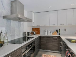 "Photo 10: 315 1783 MANITOBA Street in Vancouver: False Creek Condo for sale in ""RESIDENCES AT WEST"" (Vancouver West)  : MLS®# R2226250"