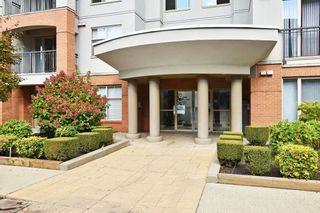 """Photo 3: 215 33546 HOLLAND Avenue in Abbotsford: Central Abbotsford Condo for sale in """"TEMPO"""" : MLS®# R2623337"""