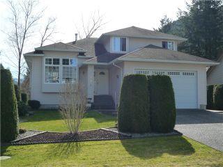 Photo 1: 336 CHESTNUT AV: Harrison Hot Springs House for sale : MLS®# H1400955